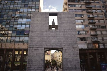 Plaza 2
