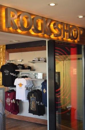 Rock Shop: La Tienda de Souvenirs del HRC